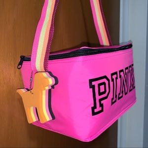 PINK Insulated Lunch Shoulderbag